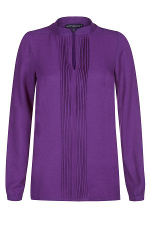 Blouse with pleat front