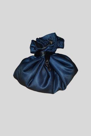 Draw-string wash bag