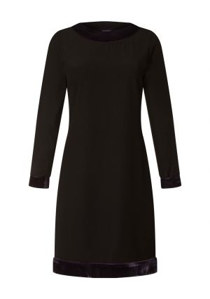 Velvet Detail Long Sleeved Swing Dress